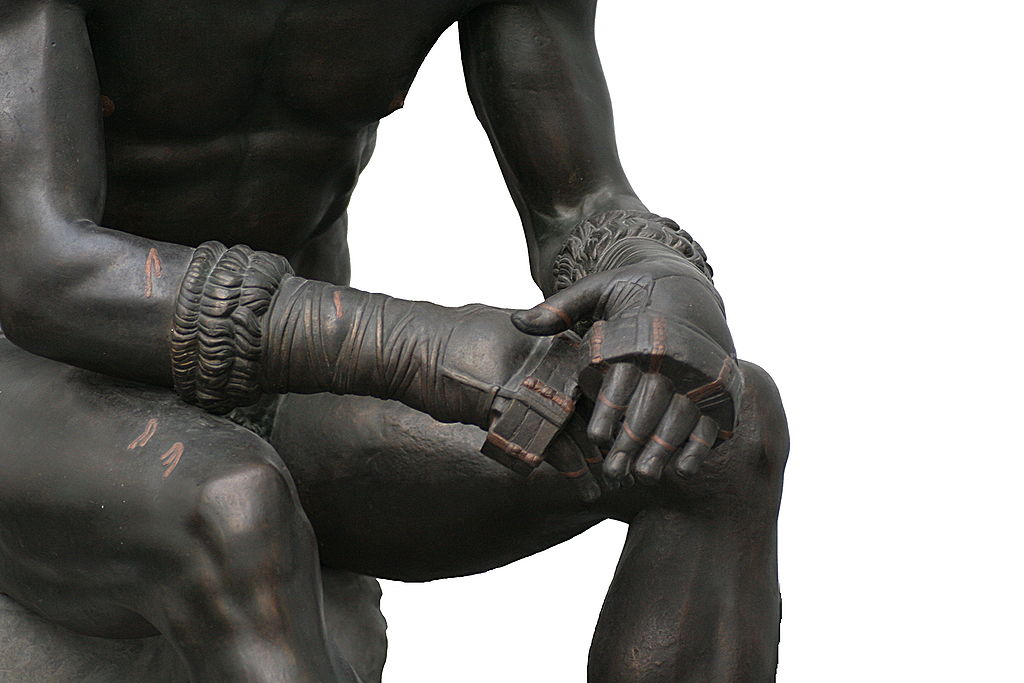 1024px-Boxer_of_quirinal_hands