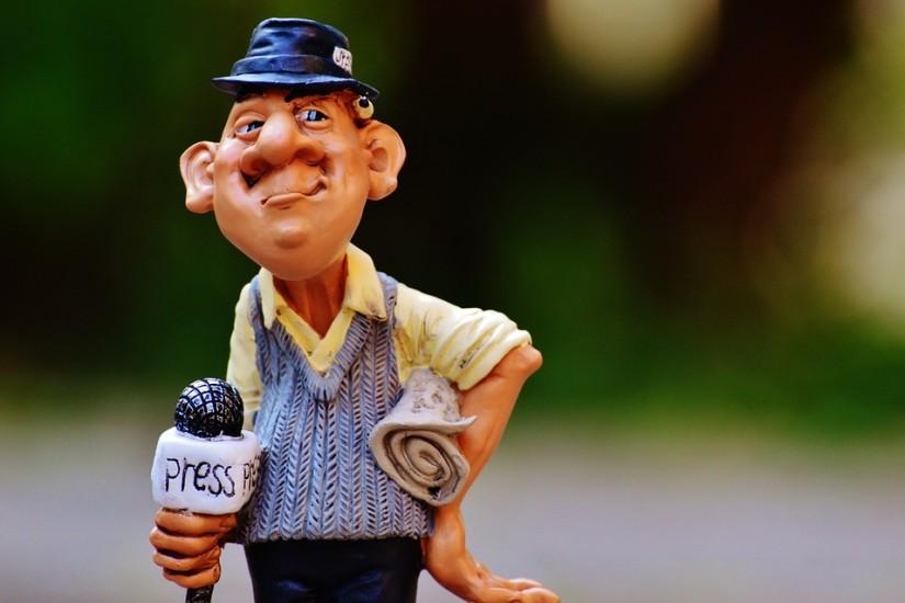 journalist-985075_960_720